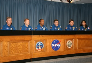 Discovery Crew at Post-Landing News Conference
