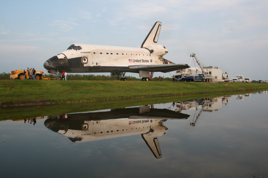 space shuttle after landing - photo #10