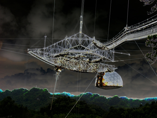 Arecibo Observatory, largest single dish radio telescope. Credit: Michael Wright