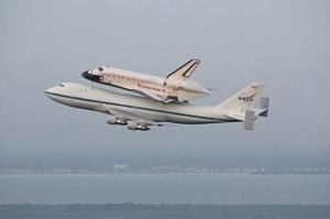 Endeavour Departs Kennedy Space Center.  Photo: Ken Kremer