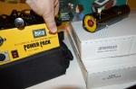 Dual Output Battery Power Pack. 12V/18V