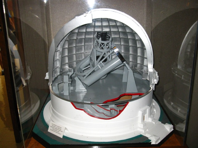Model of Hale Telescope  Credit: M Wright