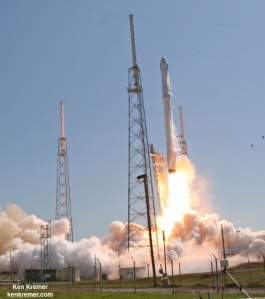 SpaceX Falcon 9 and Dragon blastoff from Space Launch Complex 40 at Cape Canaveral, Fl, April 14, 2015 on the CRS-6 mission to the International Space Station. Credit: Ken Kremer/kenkremer.com