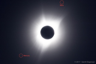 Eclipse Oregon 2017, Mercury and Mars annotated. Credit: AAAP Member Gerrit Dispersyn